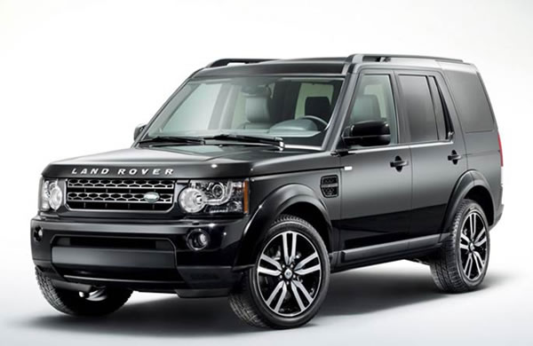 Land Rover Discovery Black and White
